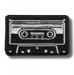 audio-cassette-embroidered-patch-antsiuvas