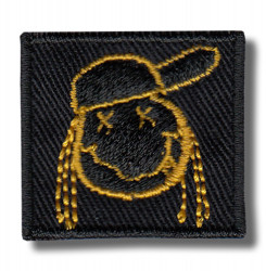 face-embroidered-patch-antsiuvas