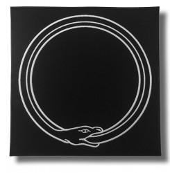 ouroboros-embroidered-patch-antsiuvas
