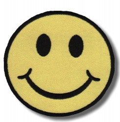 smiley-face-embroidered-patch-antsiuvas