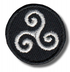 triskelion-embroidered-patch-antsiuvas