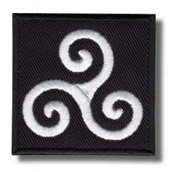 triskelion-embroidered-patch-antsiuvas