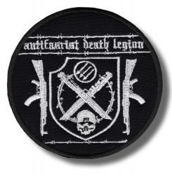xxx-embroidered-patch-antsiuvas